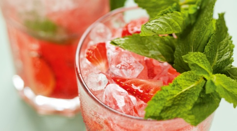 detail_220_strawberry_mojito_830x460